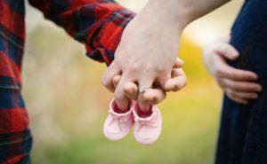 借金あり貯金なしで出産するときお金の問題